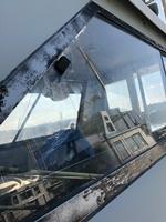 操舵室のガラス右側面
